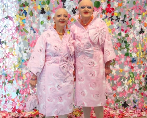 Eva und Adele in Shakkei Outifts bei Art Basel Miami Beach 2009