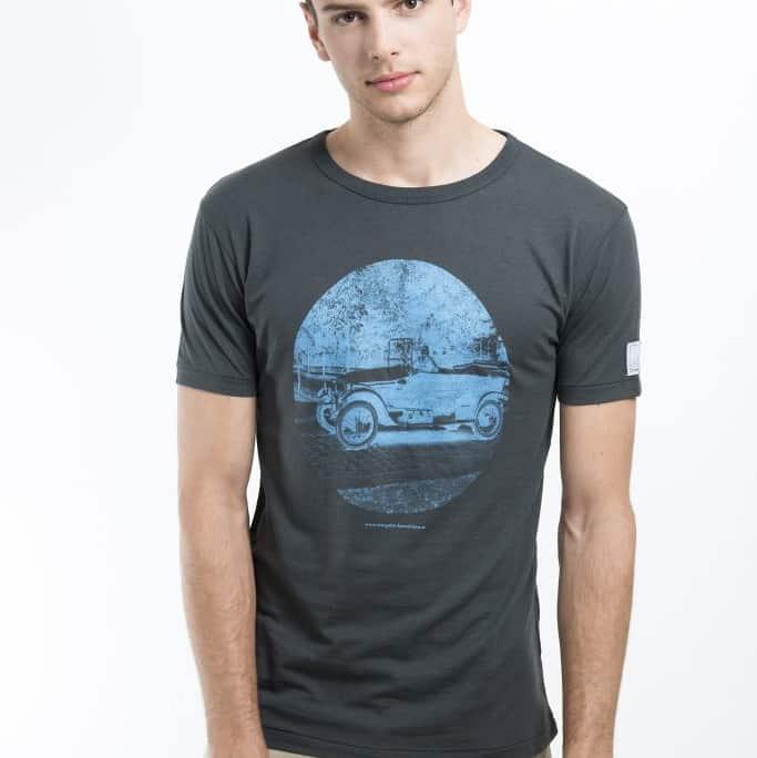 schlammfarbenes T-shirt aus Bambusfaser mit historischem Motiv