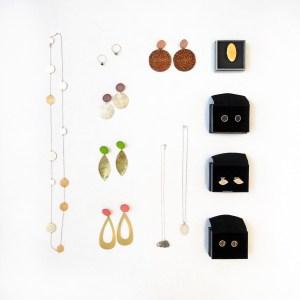 Ohrringe und Ketten