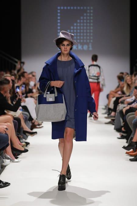 Damenmantel blau, Jerseykleid