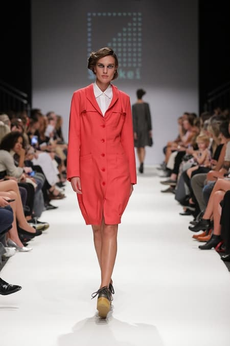Trenchcoat coral