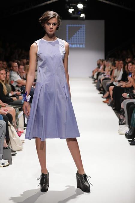 Kleid Kami lila kurzarm
