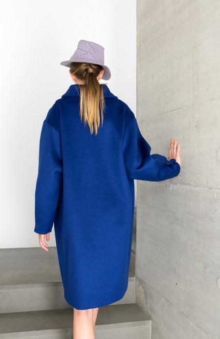 Damenmantel blau Rückseite