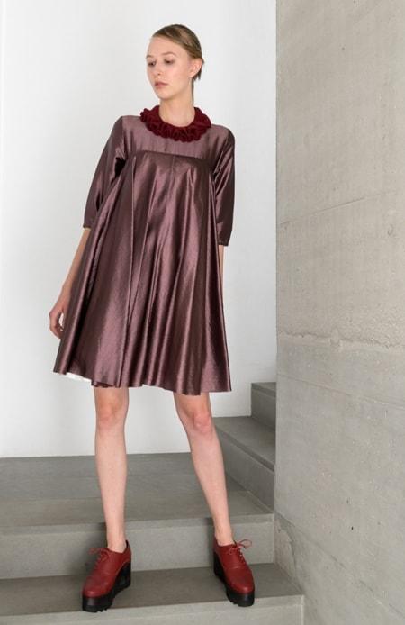 Kleid Afternoon Schokolade, Kette bordeaux